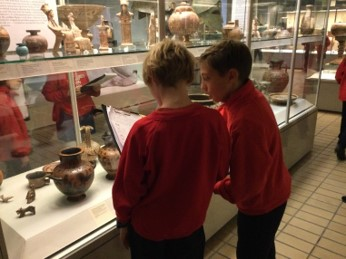 Y6 Ancient Greeks at The British Museum Sept 2021